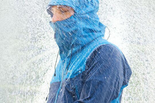 Regenjacken im outdoor-Test