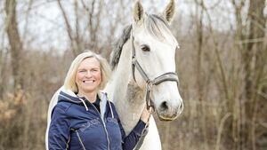 cav-201906-cavallo-coach-mit-TEASER-lir2106-beate-eder-und-aurelius-v-amendo (jpg)